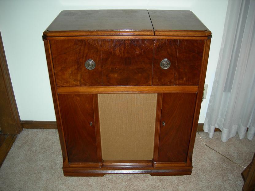 Sparton 7-46 Restored Cabinet | Vintage Tube Electronics