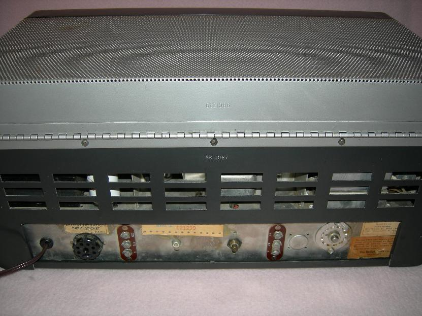 Hallicrafters SX-100 Back